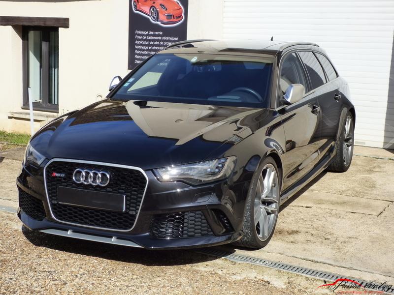 Audi RS6 avant noire de 2019