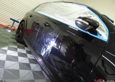 Volkswagen GOLF R 50/50 Correction des micro rayures porte avant Melun 77